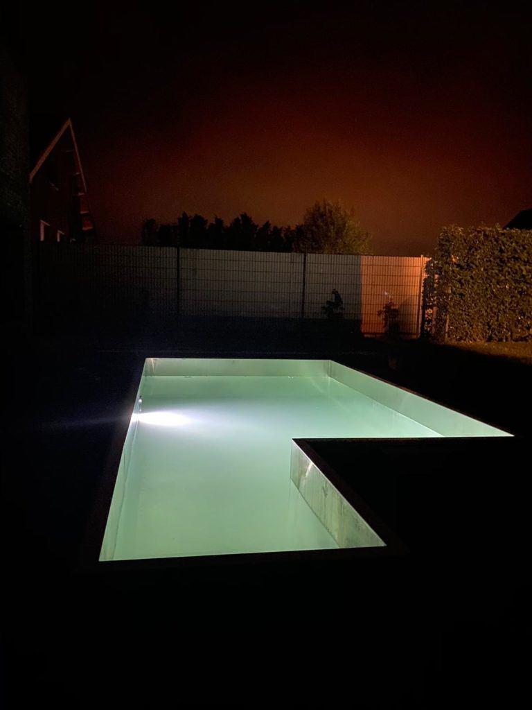 piscine inox